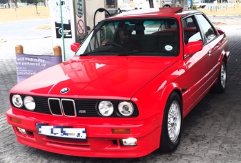 1991 BMW 325iS Evo1 main image